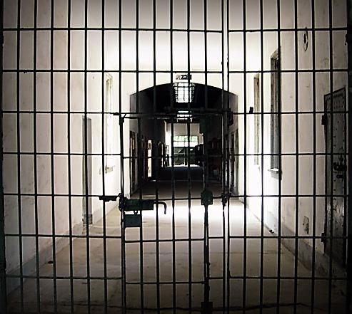 Patrimoine : une loi pour fermer les archives ?