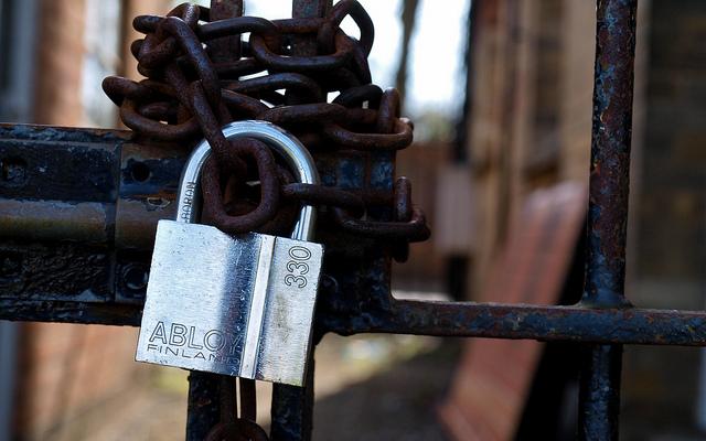 Le législateur français peut agir contre les lock-books en faveur des libertés des lecteurs !