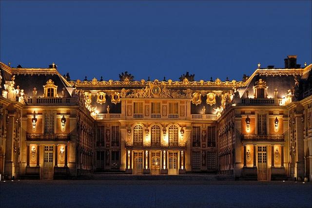 L'Assemblée Nationale veut vous obliger à demander l'autorisation pour partager une photo du Château de Versailles !
